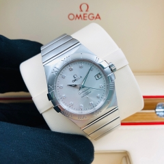 OMEGA Constellation 35mm Stainless Steel Silver Dial Automatic 123.10.35.20.52.001