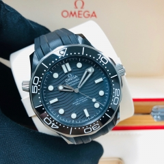 OMEGA Diver 300 43.5mm Ceramic Black Dial Automatic 210.92.44.20.01.001